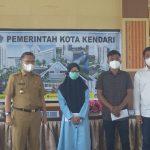 Kadin Kota Kendari Serahkan Bantuan pada Pelaku Usaha Mikro