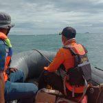 Seorang Nelayan Dihantam Ombak Tinggi Diperairan Kolaka