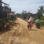 Masyarakat Jalan Jambu Mete Keluhkan Kondisi Jalan