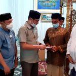 ASLI dan ASR Berikan Bantuan ke Masjid Nurul Haq Nambo