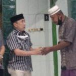 Asli dan ASR Berikan Bantuan ke Masjid Fastabiqul Khairat Purirano