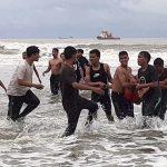 11 Wisatawan Terseret Ombak di Pantai Batugong, 1 Meninggal