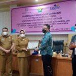 Pemprov Sultra Terima Penghargaan dari PT Taspen dan BPJS Cabang Kendari